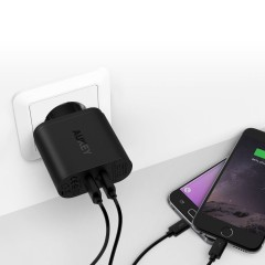 AUKEY Quick Charge 3.0 Dual Port Turbo Charger - PA-T16